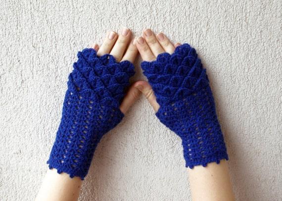 Cute Blue arm warmers, Women Fingerless gloves, Crochet crocodile stitch mittens - navy, spring accessory.