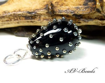 AV-Beads lampwork Pendant in black SRA