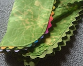 Set of 4 Green Double-Sided and Yellow Handmade Fabric Napkins-Cloth Napkins / Hostess Gifts/Spring Summer Napkins