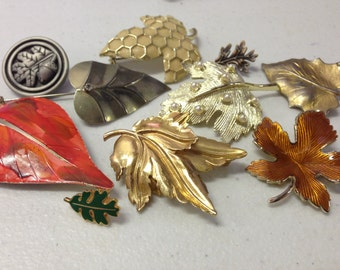 Leaves Brooches Pins Vintage lot 166