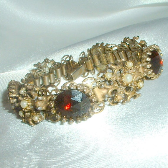 Vintage Garnet Rhinestone and Faux Pearl Bracelet