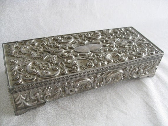 Silver jewelry box/vintage Godinger Silver 1992 /vintage jewelry box/leaf and scroll with flowers design/velvet interior with mirror