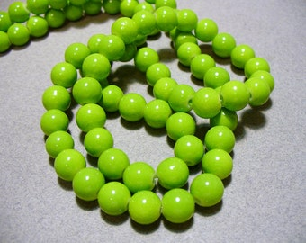 Glass Beads Green Round 8mm