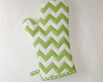 Oven Mitt - Green and White Chevrons - Gift for Foodie - Gift Under 20
