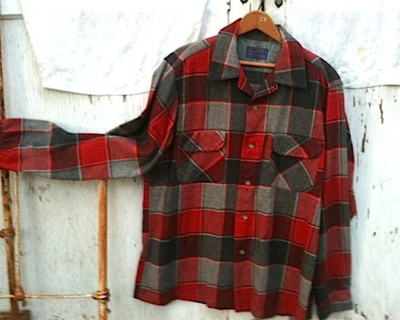 guy man Rustic forest mountain red gray rustic winter plaid wool pendleton shirt jacket collectible retro chic  forest wear