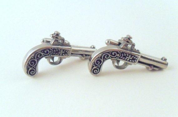 Vintage Western Revolver Cuff Links - Silver Tone - Cowboy - Pistol - Gun