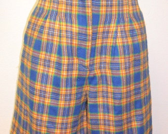 Vintage Plaid  - High Waist Acrylic  Shorts -Sz 9/10