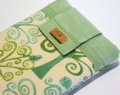 Our Beautiful Earth Kindle 1,2,3 or Any Your Small Tablet sleeve cover