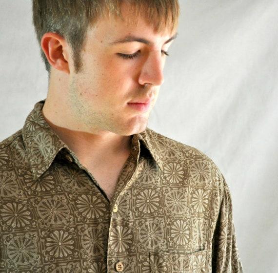 Vintage Mens Shirt Short Sleeve Batik Neutral Tropical Caribbean Medium Boho Hippie Ethnic