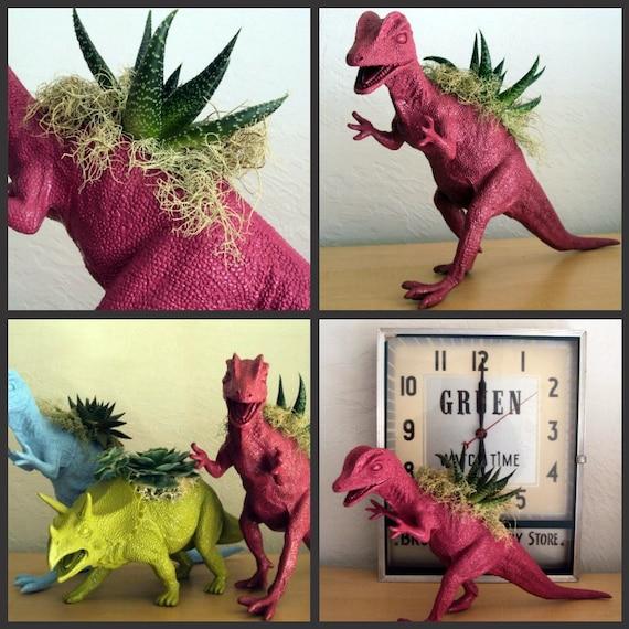 Custom order for Graig:-) 24 Dino Figures