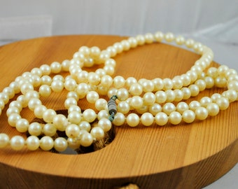 Long Strand of Faux Pearls Costume Jewelry, Vintage Jewelry