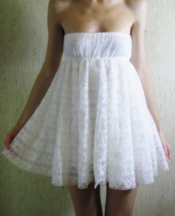 je t'aime - vintage 40s revived stunning ivory organic bamboo lace mini dress