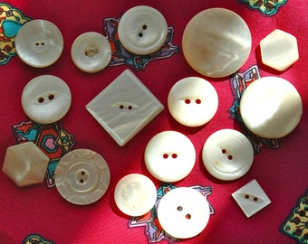 Mixed Lot of Victorian Mother of Pearl Buttons