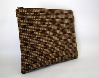 Large Wristlet Pouch w/ zipper - Brown Plaid Fabric