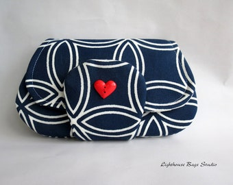 Pocket Clutch / the larger version in Blue Deco