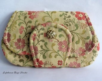 Pocket Clutch / the larger version in Floral Embroidery Fabric