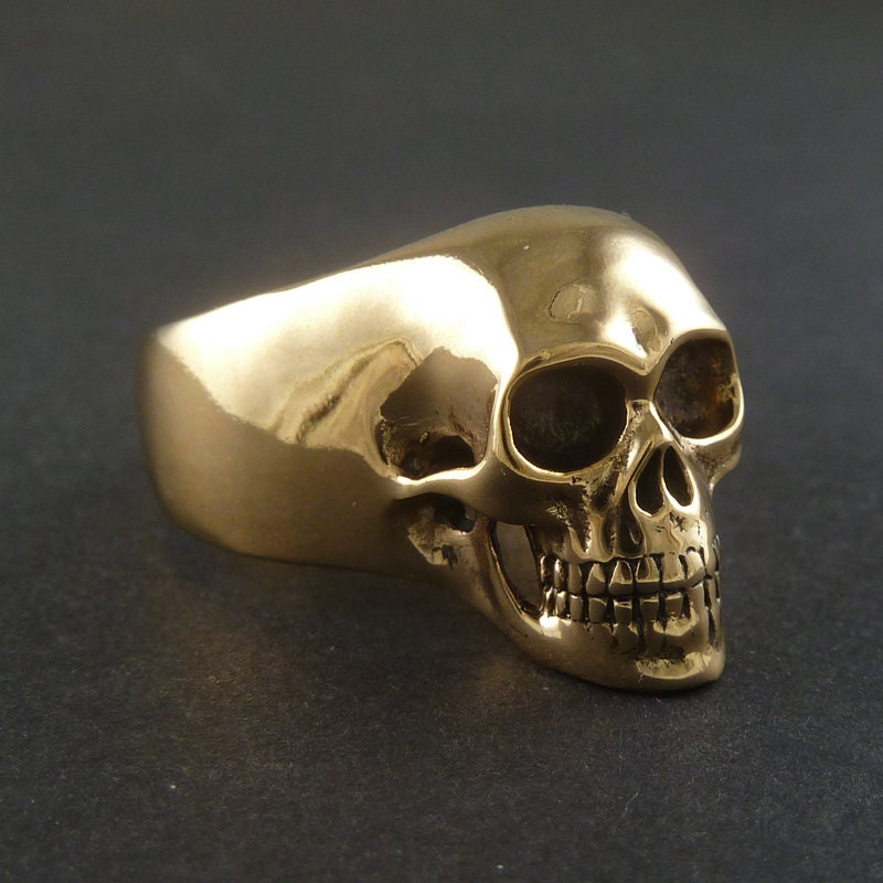 Shop our collection of badass stainless steel skull rings with wicked cool designs for both women and men from softhome24.ml