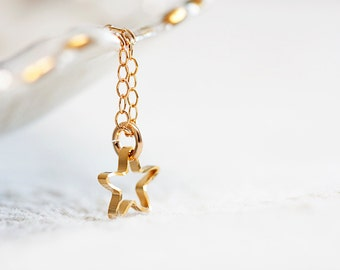 Tiny Star Necklace Gold Filled Chain Petite Gold Star Charm Delicate Simple Necklace Everyday Jewelry - N261