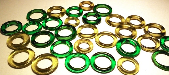 Recycled Amber Green Mixed Kiln Polished 30 Bottle Rings (R422)