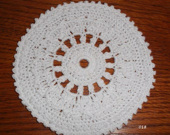 Small Crocheted White Doily (018)