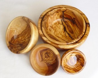 Engraved Olive Wood Bowl Set, 5 Olive Wood rounded Kitchen bowls, Wedding gift, Mom Gift
