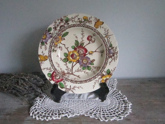 Decorative English Cottage Bowl - Alfred Meakin England