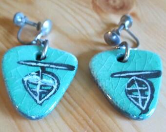 Vintage guitar pick dangle earrings Guitar Pick Earrings,  Green Black Enamel Dangly Earrings, music lover gift