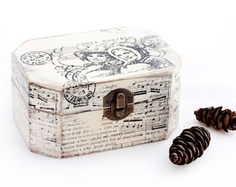 Christmas Wooden Box Jewelry box distressed box Christmas gift Jewelry Box Wooden Memory box Jewelry Organizer Keepsake box Treasury Chest