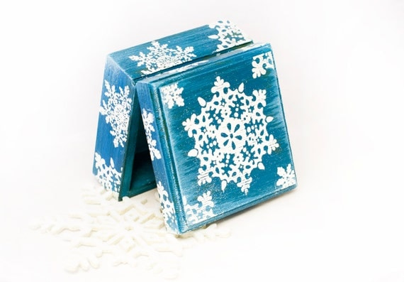 Christmas Wooden Box Snowflake Treasury Box Jewelry box  Memory Box Keepsake Box Distressed Box