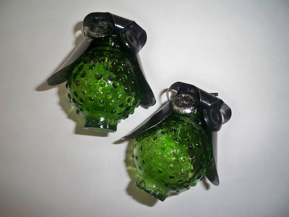 Vintage Glass and Metal Unique OWL Salt and Pepper Shakers in Green