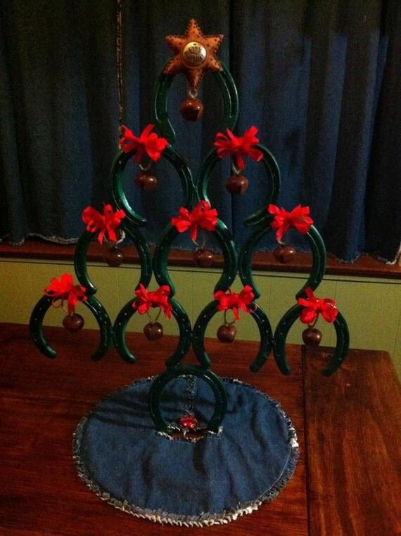 Items similar to rustic horseshoe christmas tree on etsy for Horseshoe christmas art