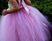 Flower girl dress. Dusty Rose TuTu Dress with Lime Green flower.clothing girls dress.baby tutu dress, toddler tutu dress, wedding, birthday,