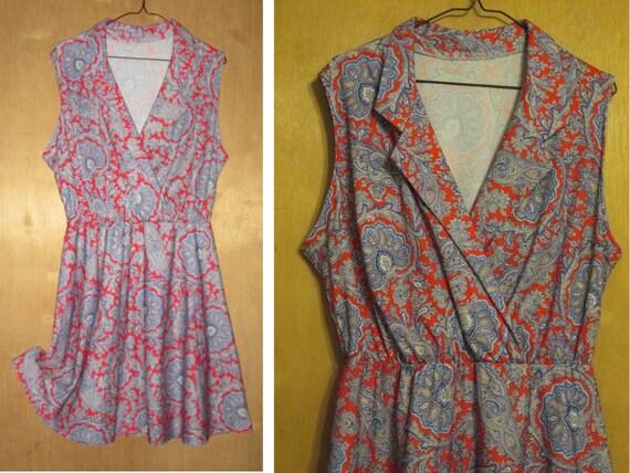 VTG Women's Boho RECONSTRUCTED DRESS Red White Blue Paisley Pattern V Neck : Size Medium