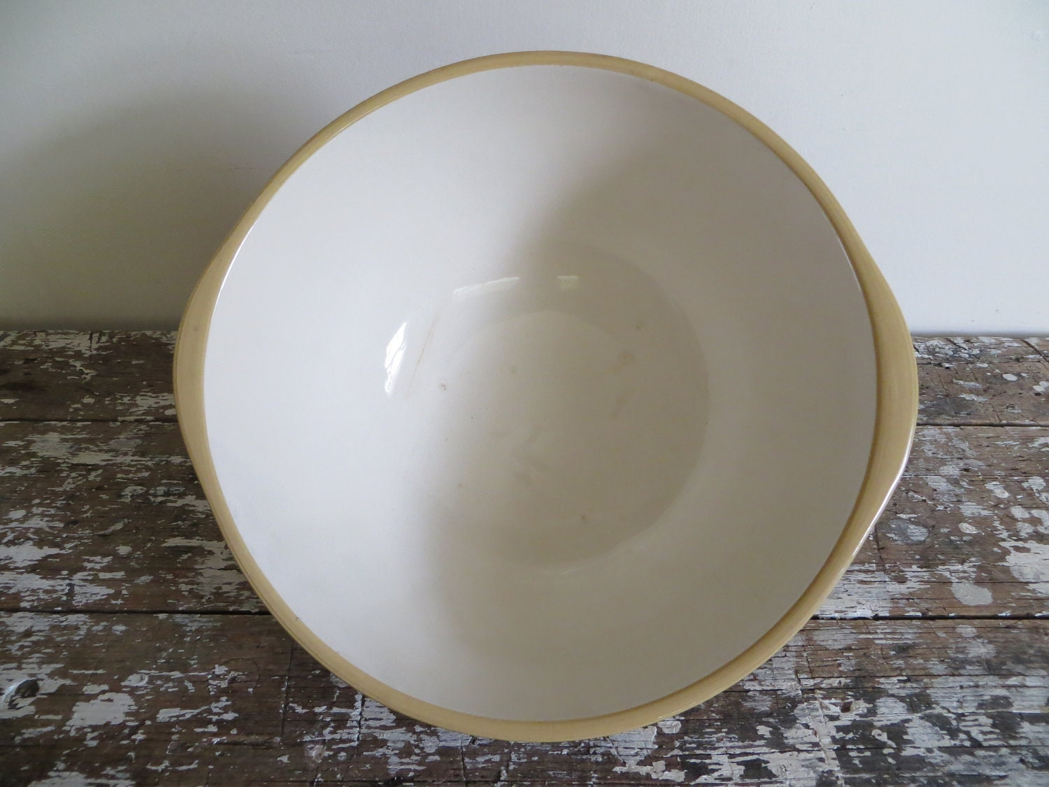Gripstand Mixing Bowl 24\'s, Vintage 1930s Beige Yellow Ware T. G. ...