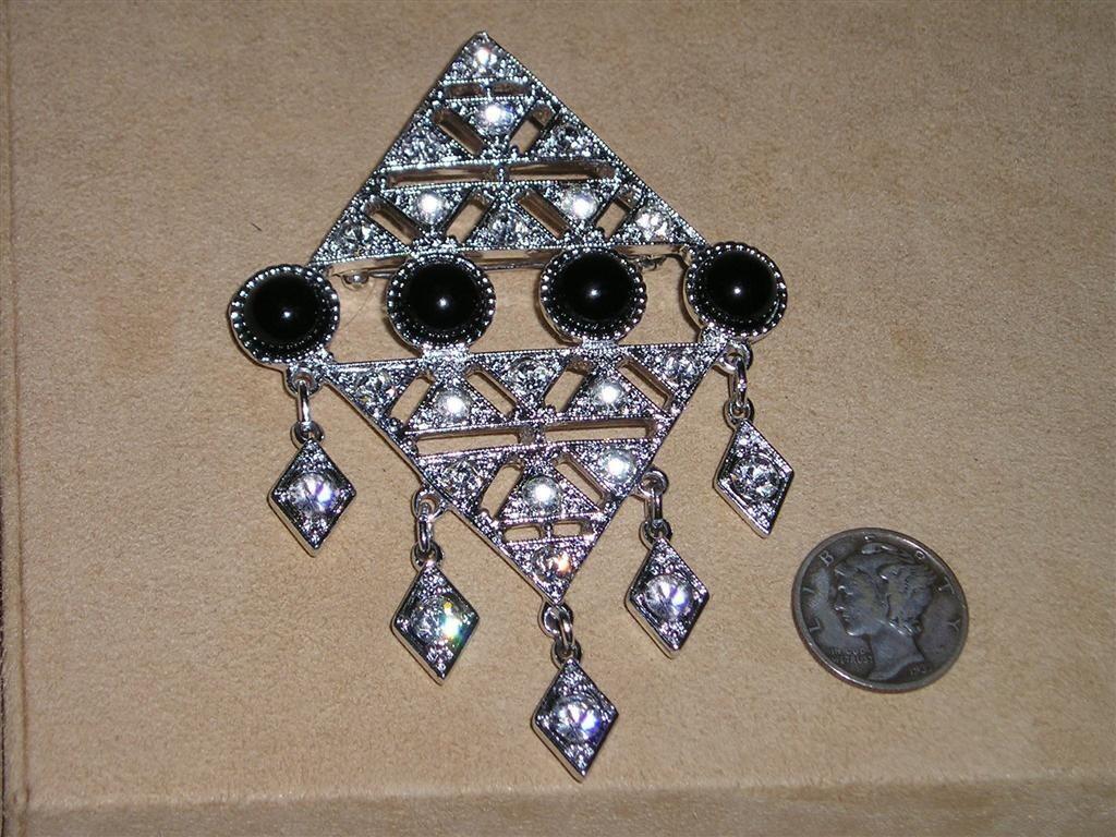 coventry operetta brooch rhinestone vintage 1960 s