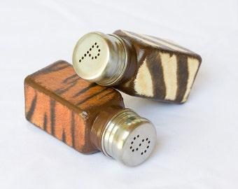 Salt & Pepper Shakers, Africa Safari Kitchen Set, Tiger, Zebra Brown Beige African Rustic SP Shakers, Brown Kitchen Set