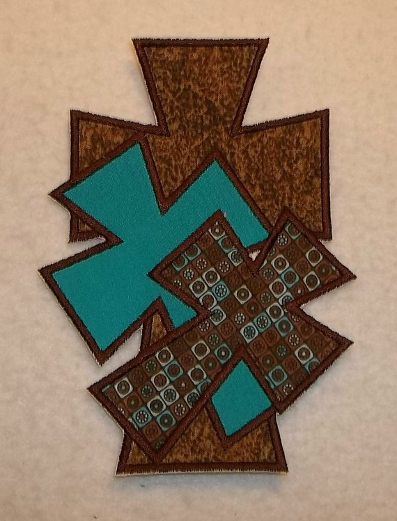 Cross (large) iron on Applique Patch 979