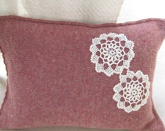 """Wool Lumbar Pillow case Powder pink Vintage lace Pillow sweater Knitted Shabby chic Rustic Country style Upcycled Home&Living 12 """"x 16"""""""