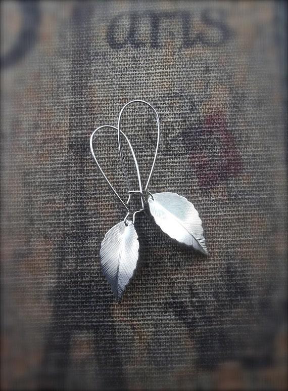 Silver Leaf Earrings - Dangle earrings Etsy - Drop earrings