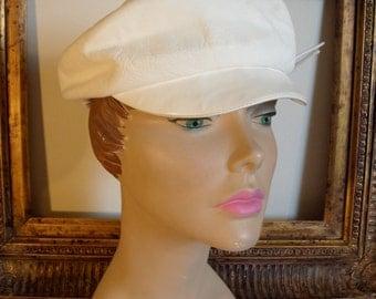 Vintage 1960's Glen Ann White Vinyl Leather Look Hat