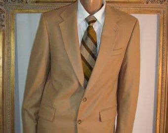 Vintage Oscar De La Renta Camel Colored Wool/Cashmere Blend Sportcoat - Size 42 Long