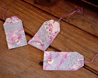 Feedsack Gift Tags,Vintage Lilac n Blue Very Shabby Patchwork Package Labels,Prim Quilted Fabric Party Favor String Hang Tags itsyourcountry