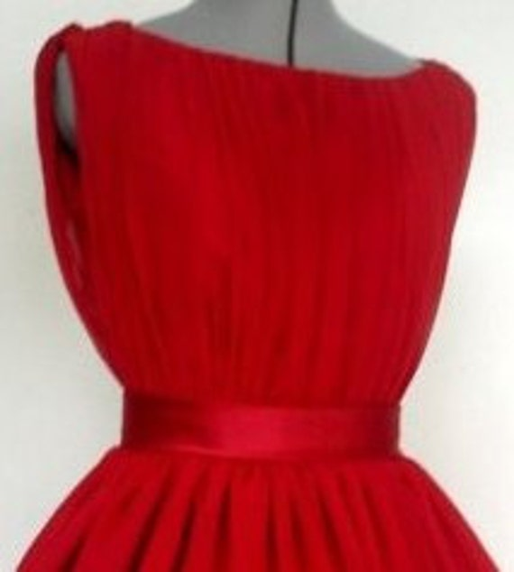An Adorable  Red Chiffon 50s Cocktail Dress Boat Neck Custom