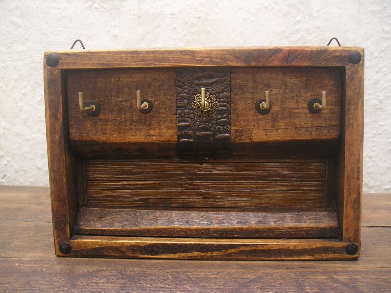 handmade rustic decorative wooden wall hanging key rack. Black Bedroom Furniture Sets. Home Design Ideas