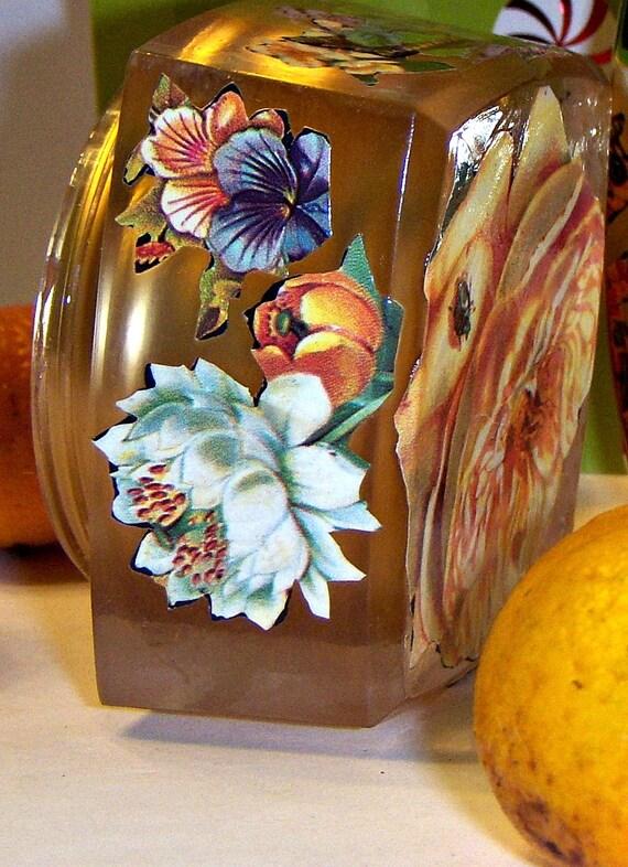 Decoupaged trinket box in gold w Summery Flowers