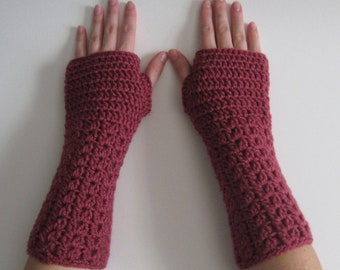 Crocheted Magenta Fingerless Gloves