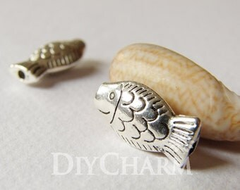 Antique Silver Tone Smile Fish Spacer Beads 17x9.5mm - 10Pcs - AR22509