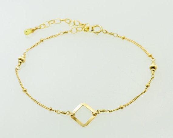 0.30 cts Yellow Sapphire Gold Bracelet, Thin and feminine, Minimum Jewelry, Gold Dot Chain, everyday jewelry - Fifi LaBonge-