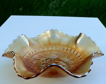 Vintage Plate, Carnival Glass, WINDFLOWER, Dugan