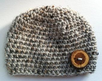 Gray Baby Boy Hat, Crochet Baby Hat, Baby Beanie with Wood Button, Tweed Baby Beanie, Newborn Baby Beanie, Newborn Hat, Fall Winter Beanie